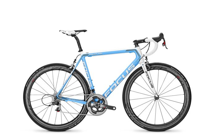 Vélo Focus light gross fo16 izalco max ag2r